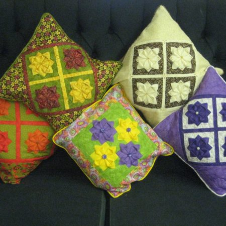 Quilagami flower cushion pattern